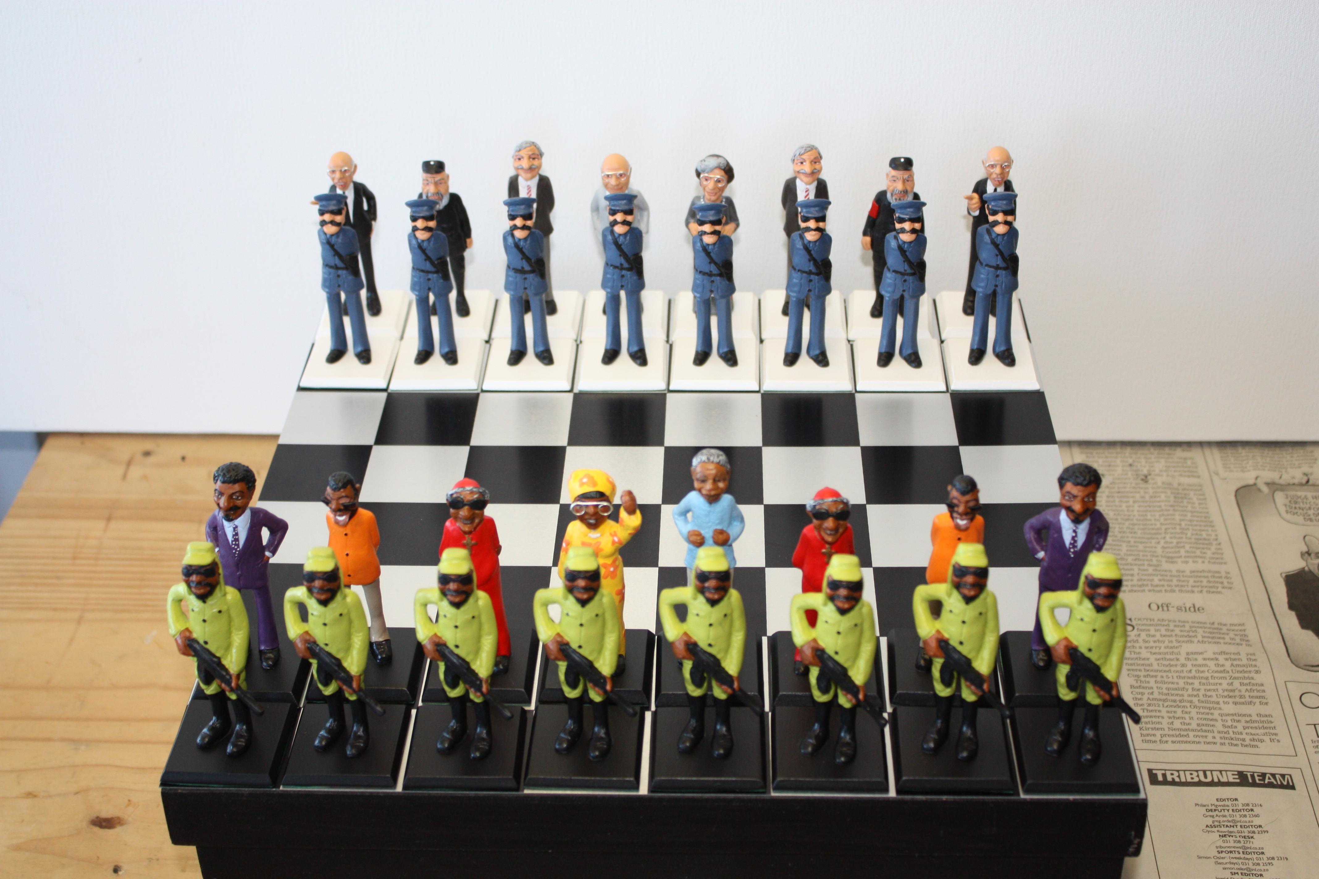 5. Old vs New SA Chess set Limited Ed